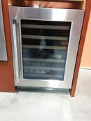 Thermador 24 Stainless Steel Wine Refrigerator T24uw820rs