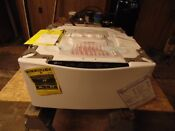 New Lg White Sidekick Pedestal Washer 1 0 Cu Ft Model Wd100cw