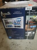 New Avanti Rm17x0w Is Compact Refrigerator 1 7 Cuft Refrig White Rm17x0wis