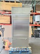 Sub Zero 36 Bottom Freezer Tubular Handle Refrigerator With Flawless Stainless