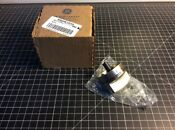 Ge Gas Range Knob Part Wb03k10259 New In Box