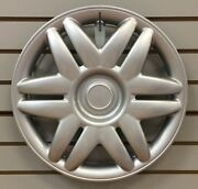 New 2000 2001 Toyota Camry 15 Silver Hubcap Wheelcover