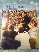 One Of A Kind 1971 Notre Dame Football Guide 31 Autograghs Ara Parseghian