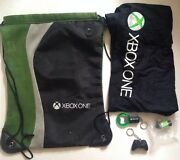 Xbox Day One Edition L T-shirt And Mesh Drawstring Bag Backpack And 3 Keychains