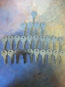 Ezgo Golf Cart Gas And Electric Keys 82+ Including Txt, Rxv Set Of 25 New Parts