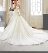 Size 6 Never Worn Not Altered Mermaid Style Wedding Gown...will Take Best Offer
