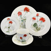 Geranium Block Spal 5 Piece Place Setting New Never Used Porcelain Made Portugal