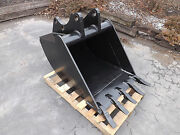 New 30 Backhoe Bucket For A Ford 555e With Coupler Pins