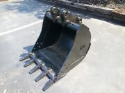 New 30 Jcb 214 Backhoe Bucket With Coupler Pins