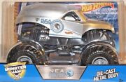 Hot Wheels Monster Jam N.e.a. Police Car Silver 124 Scale New 3+ Cgd64