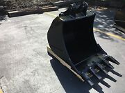 New 30 Heavy Duty Excavator Bucket For A Case Cx80