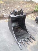 New 24 Excavator Bucket For A Komatsu Pc60 With Coupler Pins
