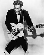 Chuck Berry Rock And Roll Legend - 8x10 Publicity Photo Rt112