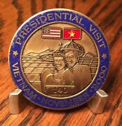 Htf Presidential Visit Vietnam 2000 Air Force One Numbered 140 Challenge Coin