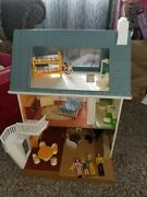 Rare Fisher Price 1980and039s Dollhouse W Furniture Lights Up W Family