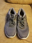 Nike Revolution Iv 4 Running Shoe 908988-010 Mens Size 12.5 Clean Good Condition