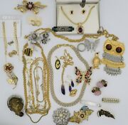 Signed Jewelry Lot Costume Vintage To Now 30 Pieces +