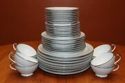 Tirschenreuth China 2868 Dawn Pattern Eight 5-piece Place Settings 40 Pieces Euc