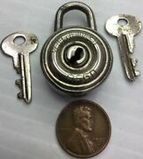 Rare Vintage Small Victory Paddle Lock With Both Keys
