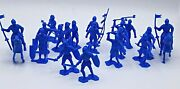 Lot Of 20 Piece - Classic Toy Soldiers - Marx Reissue Knights In Blue Color