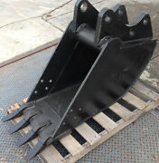 New 18 Backhoe Bucket For A Ford 555e W/ Coupler Pins