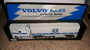Volvo Aeroes Collection Series Strike Force Tractor Trailer Truck 187 Scale Mib