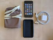 Ipod Touch 2nd Gen 8gb + Hanging Pouch + Already Installed Lcd Screen Protector