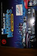 Muscle Machines 1941 And03941 Willys Coupe Blue W Stars Red/white Flag 118 Scale