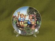 Danbury Mint Hummel Apple Tree Boy And Girl Collector's Plate Little Companions