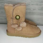 Ugg Bailey Button Puff Sand Color Suede Sheepskin Boots Size 7 Us