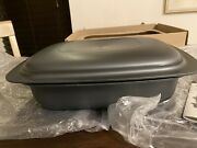 New Tupperware Ultra Pro Ovenware Lasagna Pan 3.5 Quart Base With 5 Cup Cover