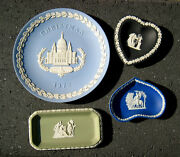 Set Of 4 Wedgwood Collector Plates Including Christmas In Blue, Black And Green