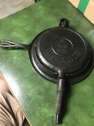Antique 1901 Cast Iron 8 Waffle Maker 976 With Base 975 No Name