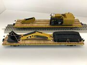2 Mth 60' Flat Cars With Caterpillar 390f L Excavator Broken Down O Scale