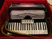 Vintage Monarch Key Accordion Made In Italy W/ Hardshell Case And Lesson Plans