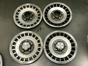 Set Ford Bronco F150 E150 Ranger Front/rear Hubcaps 15and039and039 1980-1991 784/785