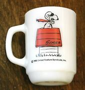 Vtg Snoopy Red Baron Fire King Milk Glass Mug Unfaded Red Color Lot W312