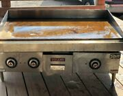 Vulcan Hart Model 36 Natural Gas Flat Top Grill Griddle Commercial Stainless