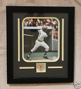 Roberto Clemente Pirates Photo And Pin Custom Matted And Framed Stunning