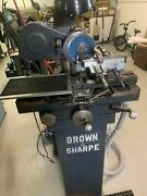 Brown And Sharpe No.5 6-3/8swing X 17.5capacity 1/4hp Tool And Cutter Grinder