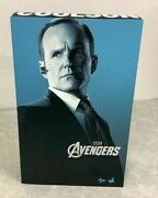 Hot Toys Movie Masterpiece 1/6 Scale Figure Agent Phil Coulson