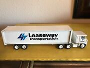 Winross 1/64 Leaseway Transportation Tractor Trailer 9.5andrdquo Long Used Made Usa