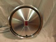 Oem 1970and039s -1980and039s Oldsmobile Delta 88 98 Cutlass 14 Hubcap