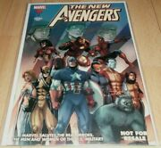 New Avengers U.s Military Special...signed By Stan Lee And Joe Quesada