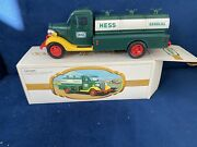 1982 The First Hess Truck W/ Box Andldquored Switchandrdquo Mint Condition