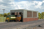 Bachmann 35116 Ho Scale Double Stall Engine Shed-built Up New In Box