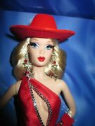 Dallas Darlinand039 Blonde Barbie - 2007 Convention Barbie - Very Rare- Only 225