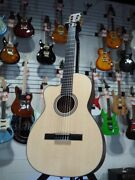 Martin 000c12-16e Nylon Acoustic-electric Left-handed Natural W/soft Shell Case