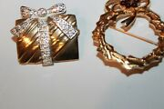 Vintage Lot Of 2 Christmas Brooches, Gold Wreath, Gold Silver Gift Stamped Roman