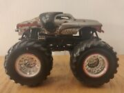 Rare Signed Monster Mutt Dalmation-2011 Monster Truck Hot Wheels Collectable